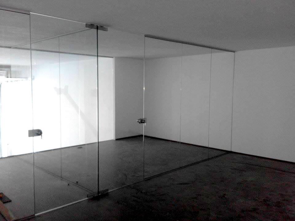 escritorios-av-boavista-vidro-incolor