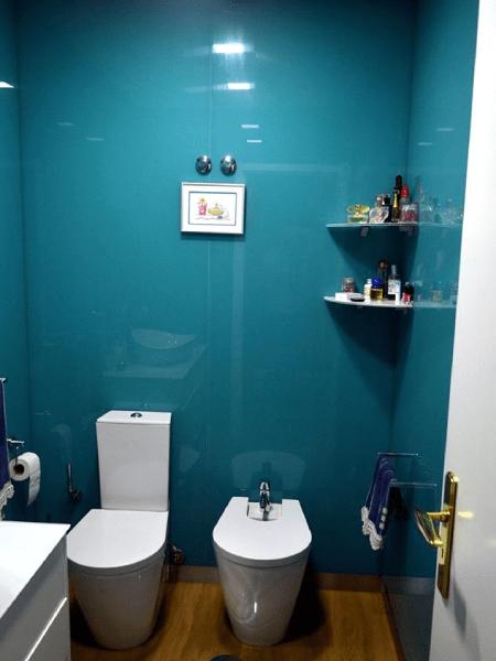 parede wc revestida vidro extraclaro lacado 2