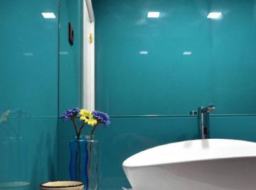 parede wc revestida vidro extraclaro lacado
