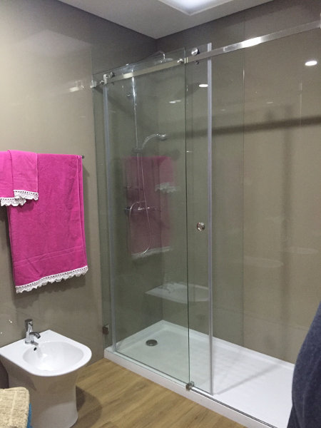resguardo banheira duche 1 fixo 1 porta correr vidro