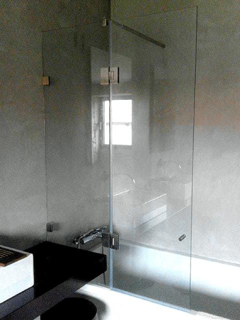 resguardo frontal de banheira duche vidro fixo e porta abrir 4